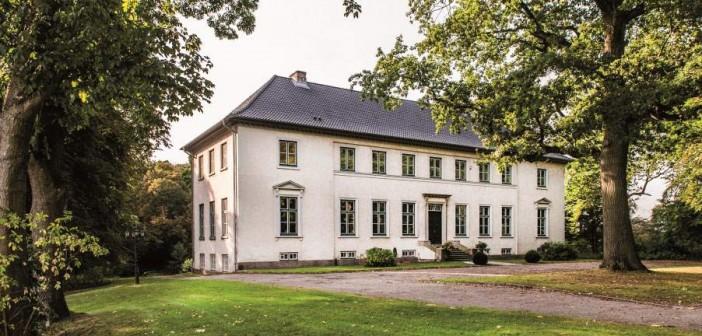 Das Herrenhaus Altfresenburg vor den Toren Hamburgs