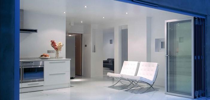 Niveaugleiche Übergänge bei Terrassen, Balkonen und Wintergärten bieten Sicherheit und Bewegungsfreiheit. - © Sunflex