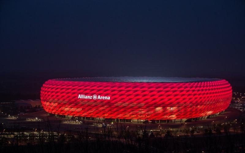 Allianz Arena: Faszinierende Lichteffekte in München