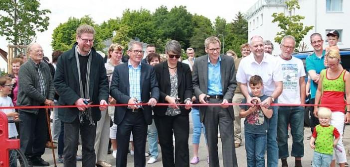 In Oberasbach wurde das Quartier Wohnambiente mit einem Straßenfest eingeweiht. - © ESW