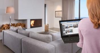 Die Vernetzung erfolgt nicht über aufwendige Verkabelungen, sondern per Funk über ein bestehendes LAN oder WLAN im Haus. Für die Bedienung können Fernseher, PC, Notebook, Tablet oder Smartphone genutzt werden. - © Rademacher
