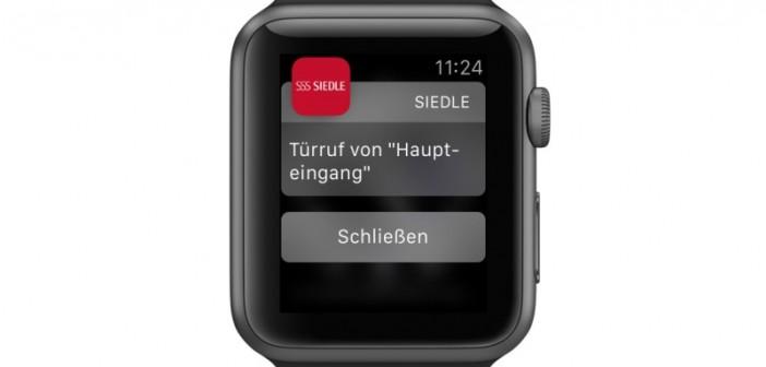 Türruf am Handgelenk: Die Siedle App und Apple Watch machen es möglich. - © Siedle
