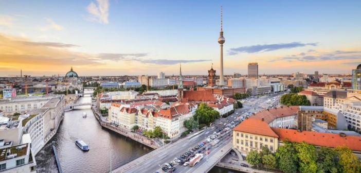 Blick über Berlin. - © SeanPavonePhoto, Fotolia.de