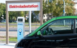 Elektroladestationen von RWE. - © RWE