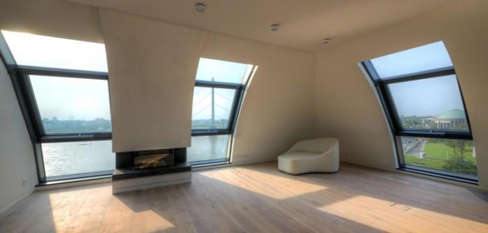 Apartment mit Cityblick: Auf einer Bruttogeschossfläche von 13.000 m2 entstanden 59 Lifestyle-Wohnungen für höchste Ansprüche an Komfort und Design. - © Otto Wöhr GmbH