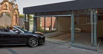 Sicheres und komfortables Parken: Die Einfahrt zum automatischen Parksystem ist im Innenhof bequem zu erreichen. - © Otto Wöhr GmbH