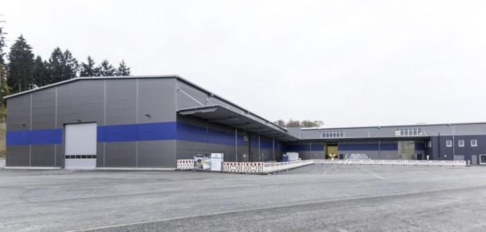 Die neuen Werkshallen von puren in Überlingen wurden gemäß KfW-Effizienzhaus 70 Standard für Wohnhäuser errichtet. - Foto: © puren