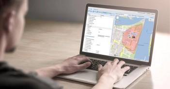 Mithilfe eines GPS-Ortungsmoduls werden unter anderem Geschwindigkeit und Standort des Fahrzeugs dokumentiert. - Bild: © PTC GPS-Services GmbH