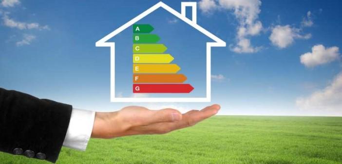 Die Einführung eines Effizienzlabels für Heizungsaltanlagen soll die Motivation des Verbrauchers fördern, sich zu informieren und alte ineffiziente Heizungsanlagen auszutauschen. - Bild: © Coloures-pic, Fotolia.de