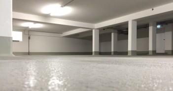 Parkhäuser: Mechanisch belastbare Parkhausbeschichtungen schützen den Beton und stellen unter anderem auch die Dichtigkeit gegenüber Tausalzen sicher. - Bilder: © MC-Bauchemie