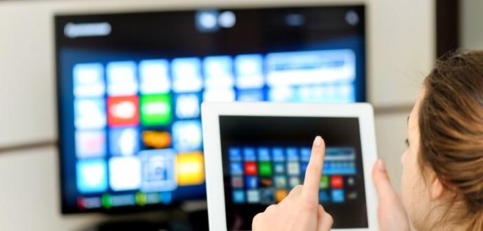 Mit der wachsenden technischen Leistungsfähigkeit verschwimmen die Nutzungsgrenzen zwischen Rundfunk und Internet sowie zwischen linearem und zeitversetztem Fernsehen und Abrufdiensten. - Symbolbild: © Rasulov, Fotolia.de