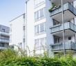Balkone steigern die Wohnqualität und erhöhen die Wohnfläche. - Bild: © Tiberius Gracchus, Fotolia.de