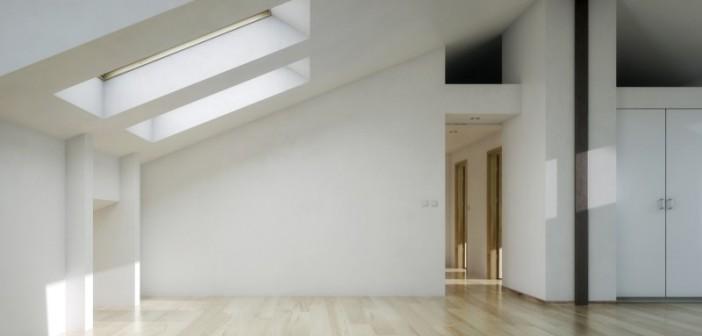 Vorher ungenutzte Flächen unter dem Dach eines Gebäudes werden mithilfe der Trockenbauweise zu neuem wertvollen Wohnraum ausgebaut. - Bild: © arsdigital, Fotolia.de