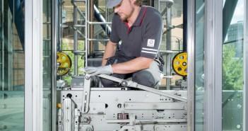 Aufzugsnorm EN 81-20/50: Mehr Sicherheit und höherer Fahrkomfort für Aufzüge. - Bild: © Schindler