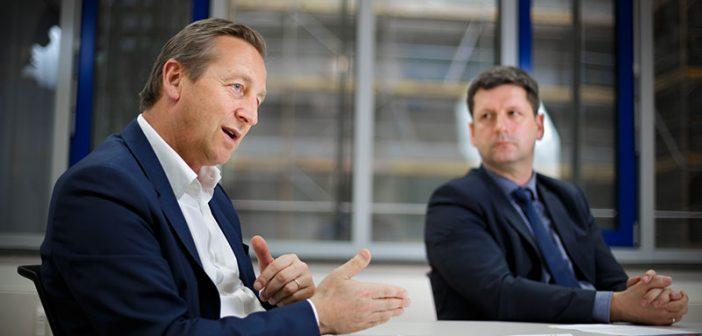 Hoffnungsfroh: BFW-Präsident Andreas Ibel (links), Geschäftsführer Christian Bruch. - Bilder: © Thomas Trutschel/Photothek