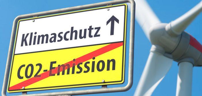 Kein Vierteljahr nach dem Kabinettsbeschluss zu den Klimazielen von Paris hat das gleiche Kabinett Anfang Juni zusätzliche Beschränkungen für den Ausbau der erneuerbaren Energien beschlossen.
