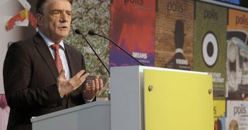 Michael Groschek - Minister für Bauen, Wohnen, Stadtentwicklung und Verkehr des Landes Nordrhein-Westfalen - auf der polis Convention 2016.