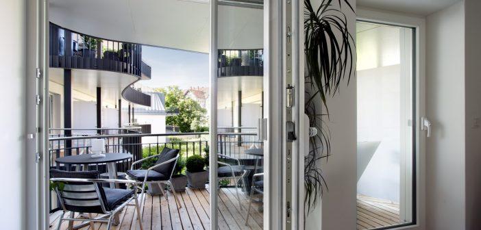 Behagliches Wohnen bei positiver Energiebilanz: Gute Gründe für den Fenstertausch